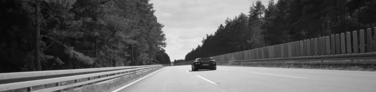 How did they film Bugatti Chiron's 400KPH run?